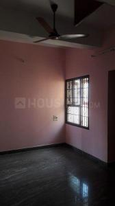Gallery Cover Image of 1250 Sq.ft 3 BHK Apartment for rent in Velachery for 13000