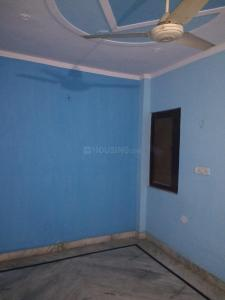 Gallery Cover Image of 950 Sq.ft 1 BHK Independent Floor for rent in Uttam Nagar for 7500