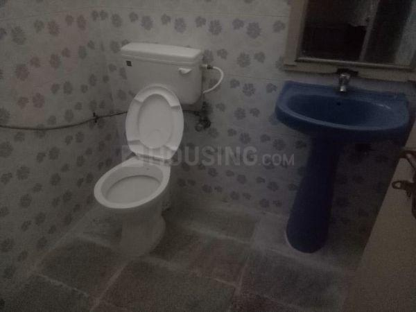 Common Bathroom Image of 725 Sq.ft 2 BHK Independent House for rent in Thippasandra for 20000