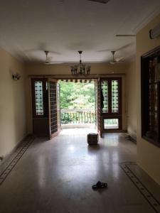 Gallery Cover Image of 1800 Sq.ft 3 BHK Independent Floor for rent in Nizamuddin East for 140000