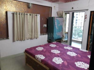 Gallery Cover Image of 990 Sq.ft 2 BHK Apartment for buy in Indraprasth Tower, Thaltej for 5400000