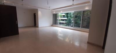 Gallery Cover Image of 1600 Sq.ft 4 BHK Apartment for rent in Fairmont House, Bandra East for 225000