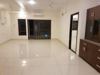 Gallery Cover Image of 1300 Sq.ft 2 BHK Apartment for rent in Alwarpet for 50000