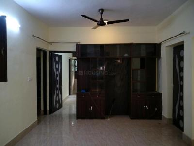 Gallery Cover Image of 1600 Sq.ft 3 BHK Apartment for rent in Sector A Pocket B&c, Vasant Kunj for 45000