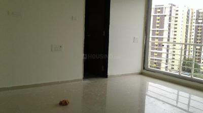 Gallery Cover Image of 1120 Sq.ft 2 BHK Apartment for buy in Lokhandwala Spring Grove, Kandivali East for 16800000
