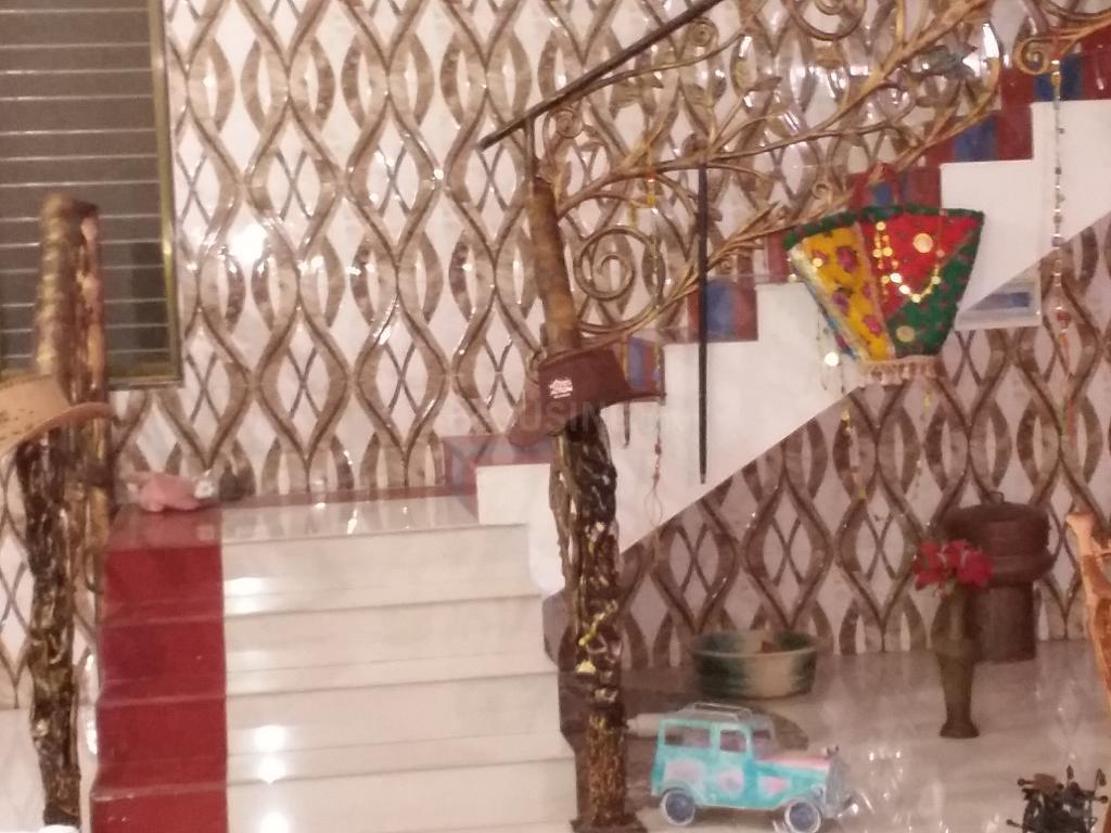 Living Room Image of 4200 Sq.ft 4 BHK Independent House for buy in Vasai West for 18500000