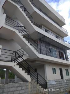 Gallery Cover Image of 350 Sq.ft 1 BHK Independent House for rent in Kodathi for 6500