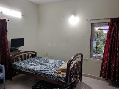 Gallery Cover Image of 1370 Sq.ft 2 BHK Apartment for rent in Kokapet for 25000