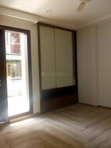 Gallery Cover Image of 1900 Sq.ft 3 BHK Apartment for rent in Sector 11 Dwarka for 45000
