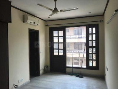 Gallery Cover Image of 2250 Sq.ft 3 BHK Independent Floor for rent in  P-51 South Extension, South Extension II for 60000