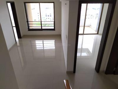 Gallery Cover Image of 3388 Sq.ft 5 BHK Apartment for rent in SP Residency, Fursungi for 65000