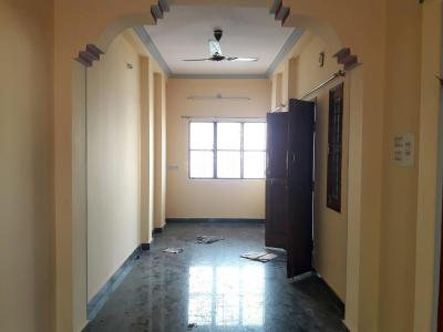 Gallery Cover Image of 400 Sq.ft 1 RK Independent Floor for rent in Rajajinagar for 8000