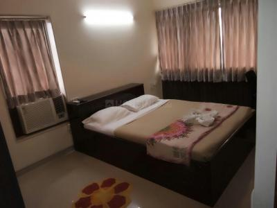 Gallery Cover Image of 2461 Sq.ft 4 BHK Apartment for rent in Bandra East for 247500