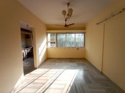 Gallery Cover Image of 600 Sq.ft 1 BHK Apartment for rent in Vrishi Complex, Borivali West for 21000