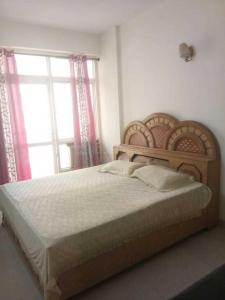 Gallery Cover Image of 1300 Sq.ft 3 BHK Apartment for rent in Omicron I Greater Noida for 13000