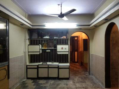 Gallery Cover Image of 680 Sq.ft 1 BHK Apartment for rent in Malad East for 25000