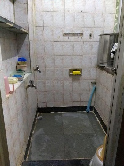 Common Bathroom Image of 375 Sq.ft 1 RK Apartment for rent in Marine Lines for 27000
