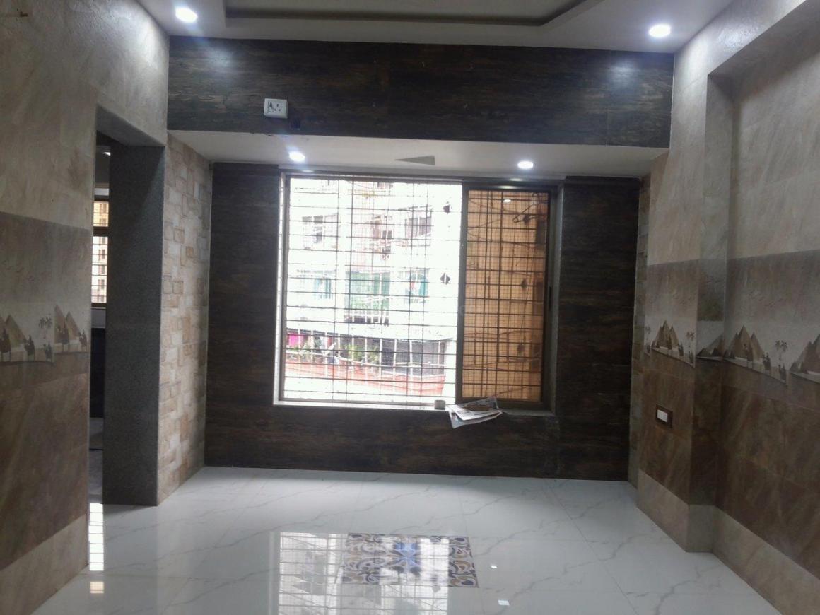 Living Room Image of 600 Sq.ft 1 BHK Apartment for rent in Kopar Khairane for 19000