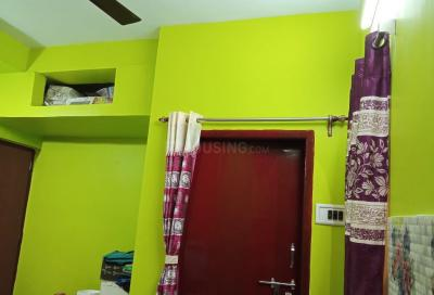 Gallery Cover Image of 450 Sq.ft 1 RK Independent Floor for buy in Dum Dum for 1360000