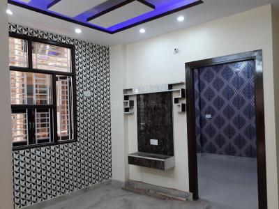 Gallery Cover Image of 675 Sq.ft 3 BHK Independent Floor for buy in Uttam Nagar for 3425000