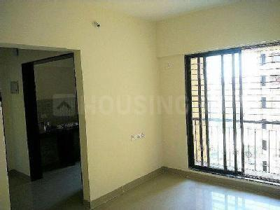 Gallery Cover Image of 1050 Sq.ft 3 BHK Apartment for rent in Mira Road East for 20000
