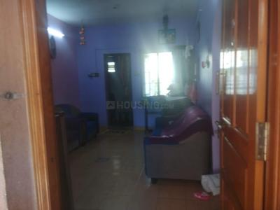 Gallery Cover Image of 600 Sq.ft 1 BHK Apartment for buy in Anakaputhur for 2150000