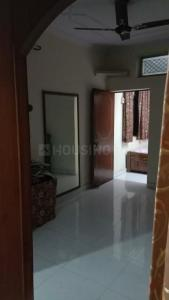 Gallery Cover Image of 1200 Sq.ft 3 BHK Apartment for rent in Mandawali for 19200