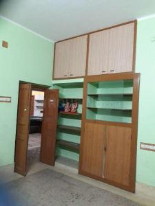 Gallery Cover Image of 900 Sq.ft 2 BHK Independent House for rent in Shibpur for 15000