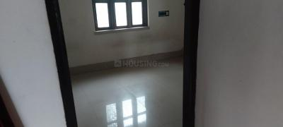 Gallery Cover Image of 500 Sq.ft 2 BHK Independent Floor for rent in Baishnabghata Patuli Township for 8000