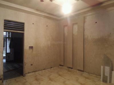 Gallery Cover Image of 1200 Sq.ft 3 BHK Independent Floor for buy in Govindpuram for 2950000