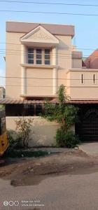 Gallery Cover Image of 1200 Sq.ft 3 BHK Independent House for rent in Mugalivakkam for 16000
