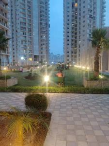 Gallery Cover Image of 1369 Sq.ft 3 BHK Apartment for buy in Apex Golf Avenue, Noida Extension for 6571000