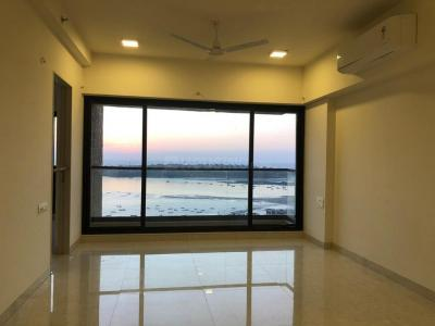 Gallery Cover Image of 2423 Sq.ft 4 BHK Apartment for rent in Kanakia Hollywood, Andheri West for 160000