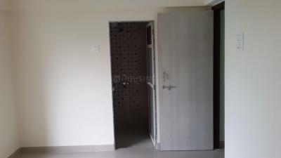 Gallery Cover Image of 750 Sq.ft 2 BHK Apartment for rent in Bhakti Pearl C, Kasarvadavali, Thane West for 16000