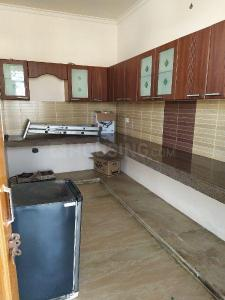 Gallery Cover Image of 1000 Sq.ft 1 RK Independent Floor for rent in Sector 17 for 8000