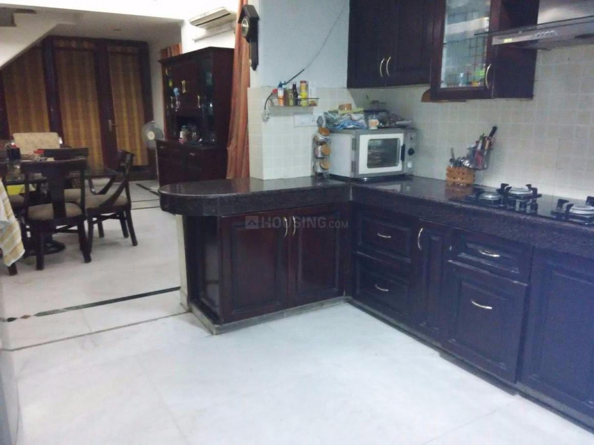 Kitchen Image of 5200 Sq.ft 5 BHK Independent House for buy in Sector 52 for 31500000