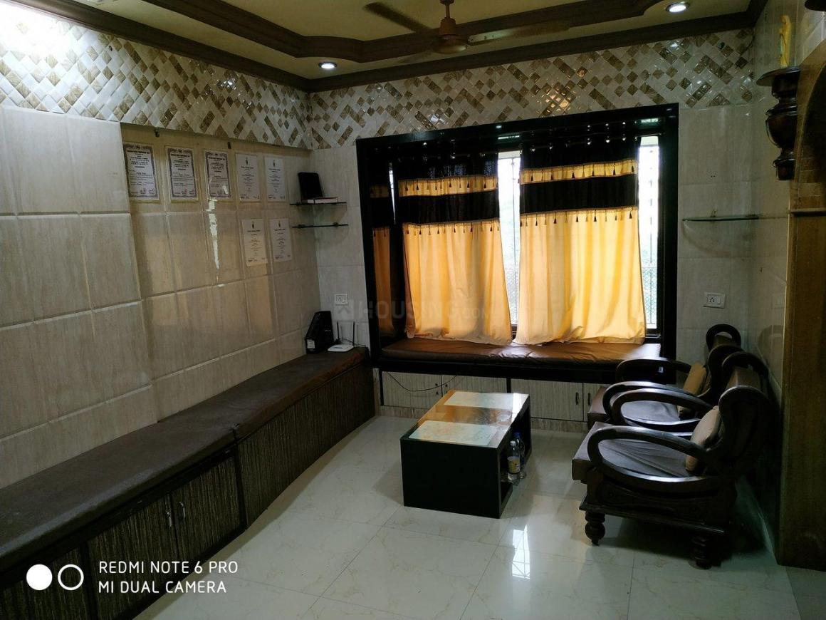 Living Room Image of 650 Sq.ft 2 BHK Apartment for rent in Dahisar West for 24000