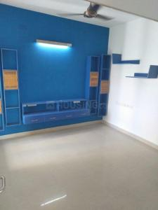 Gallery Cover Image of 1400 Sq.ft 3 BHK Apartment for rent in Thiruvanmiyur for 35000