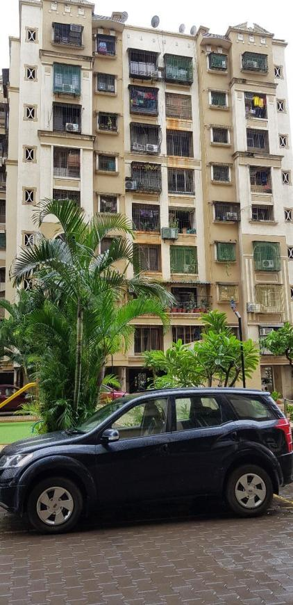 Building Image of 990 Sq.ft 2 BHK Apartment for rent in Kandivali East for 30000