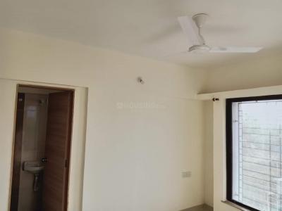 Gallery Cover Image of 1078 Sq.ft 2 BHK Apartment for rent in Tulsi Shakuntla Kanade Nagar, Handewadi for 12000