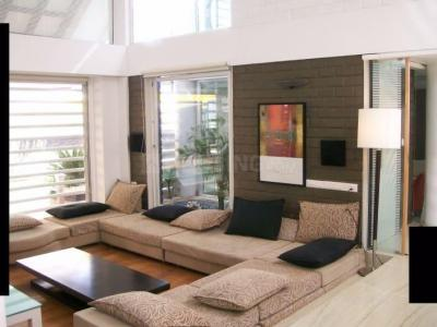 Gallery Cover Image of 1380 Sq.ft 2 BHK Apartment for buy in Parel for 38900000