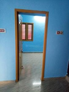 Gallery Cover Image of 1500 Sq.ft 1 BHK Independent Floor for rent in Mudichur for 5000