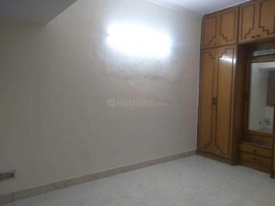 Gallery Cover Image of 720 Sq.ft 2 BHK Apartment for rent in Paschim Vihar for 18000