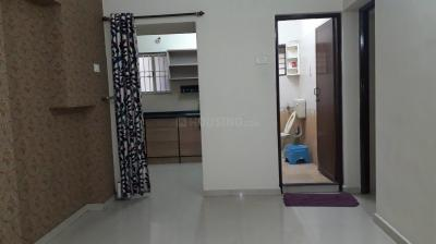Gallery Cover Image of 750 Sq.ft 2 BHK Apartment for rent in Kodambakkam for 16500