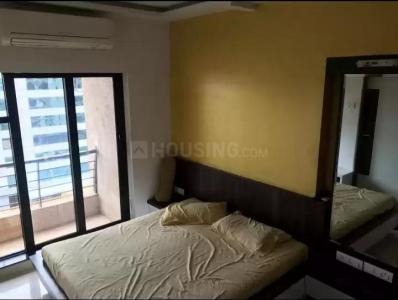 Gallery Cover Image of 1050 Sq.ft 2 BHK Apartment for rent in Interface Heights, Malad West for 55000