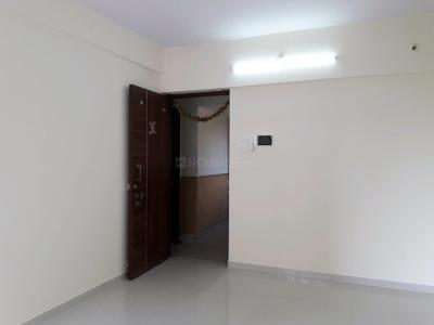 Gallery Cover Image of 750 Sq.ft 1 BHK Apartment for rent in Hiranandani Estate for 18000