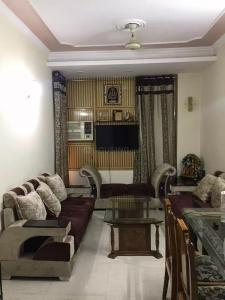 Gallery Cover Image of 1000 Sq.ft 2 BHK Apartment for buy in Patparganj for 13000000
