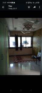 Gallery Cover Image of 290 Sq.ft 1 RK Apartment for rent in Galaxy Apartment, Vile Parle East for 20000