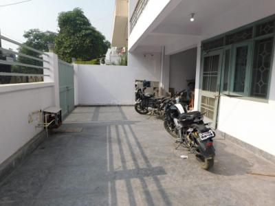 Balcony Image of Gk PG House in Sector 61