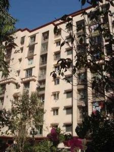 Gallery Cover Image of 860 Sq.ft 2 BHK Apartment for buy in Gokul Nagari I A And B CHSL, Kandivali East for 12100000